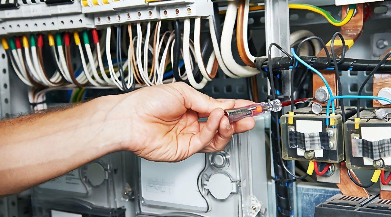 Angajăm electrician (Stația de Epurare Ape Uzate – Mohu)